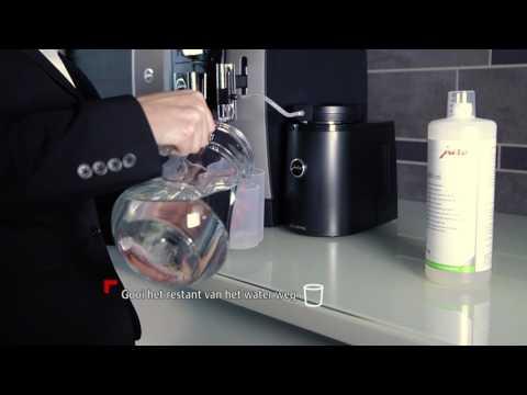Instructiefilm melk reinigen JURA Professional WE8 koffiemachine