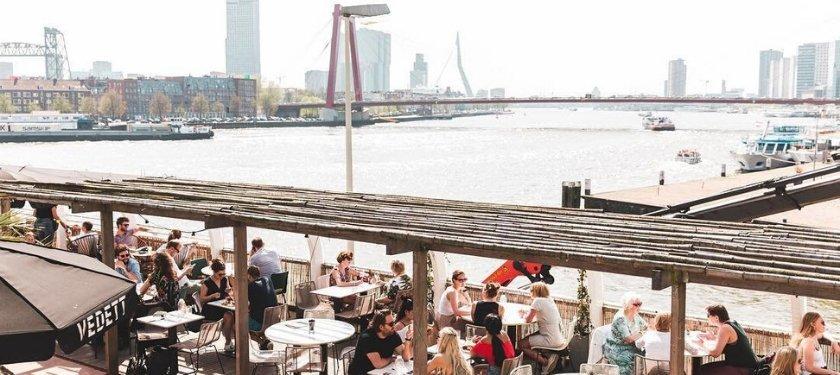 Rotterdam koffie uitzicht Erasmusbrug