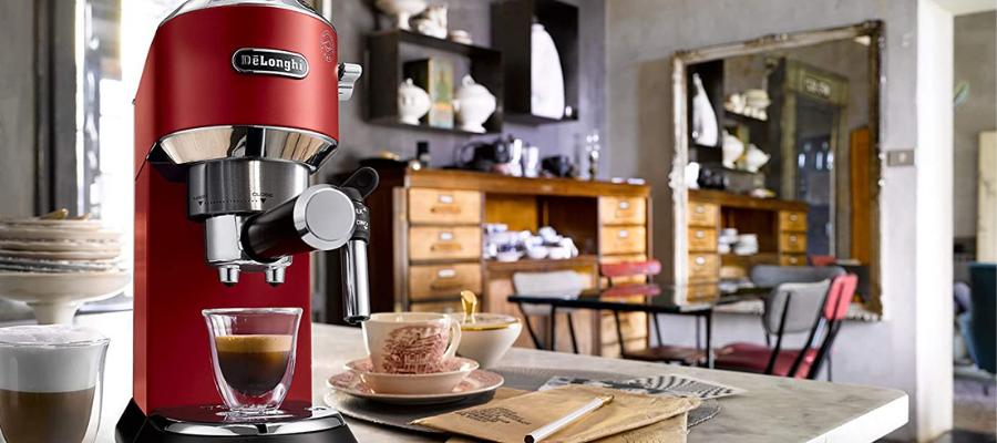 DeLonghi Espressomaschine -Siebträgermaschine am Bord