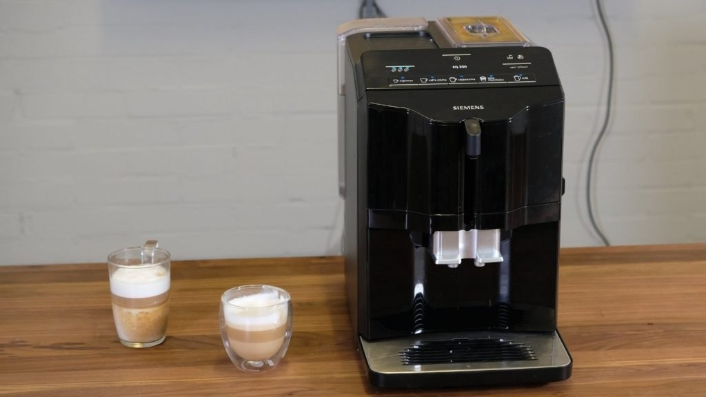 Kaffee Cappuccino Latte Siemens EQ 300