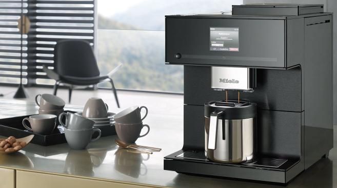 Miele Kaffeevollautomat CM 6160